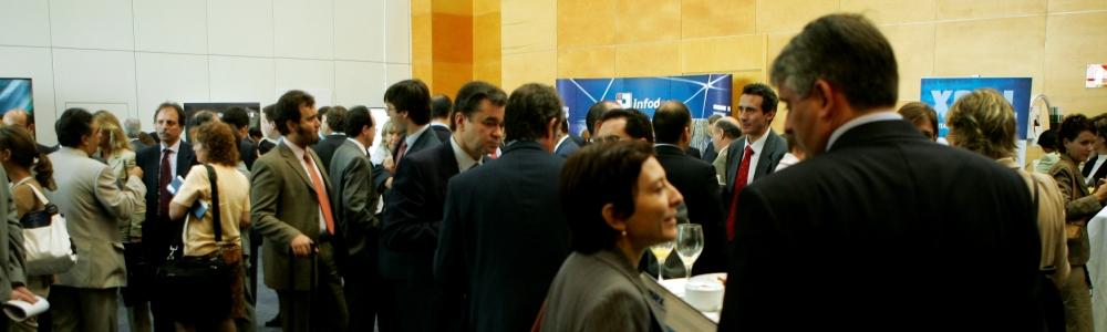 Lugar de encuentro entre reguladores y empresas para fijar los estándares de información empresarial.